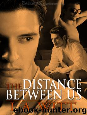 "the distance between us Praise for the distance between us: ""reyna grande is a fierce, smart, shimmering light of a writer with an important story to tell."